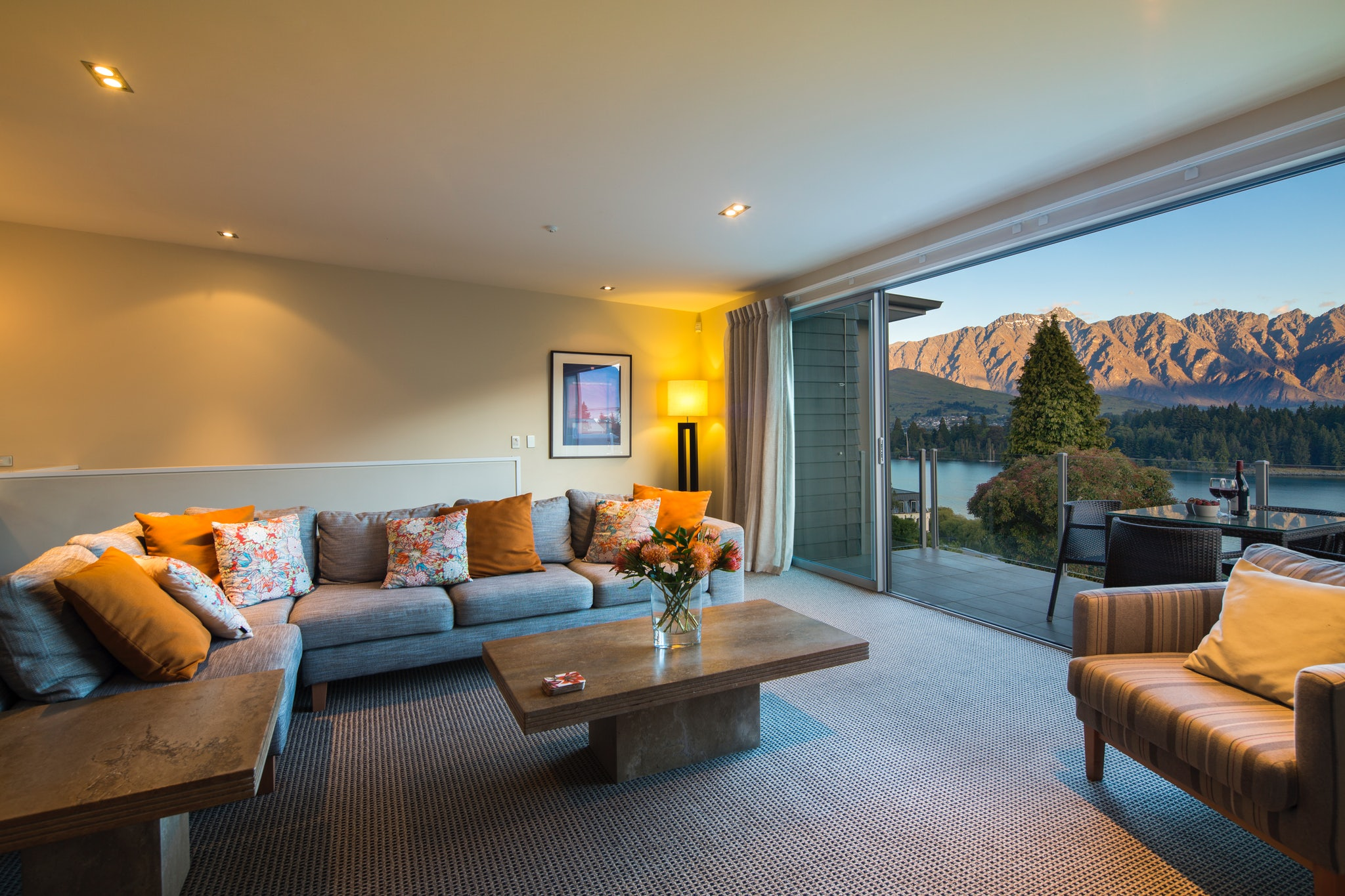 Lakeridge Queenstown Luxury Apartments Managed By Staysouth